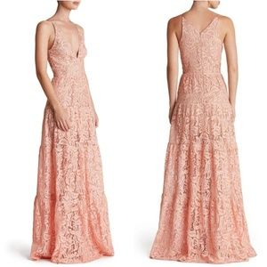 DRESS THE POPULATION 'MELINA' LACE MAXI FIT